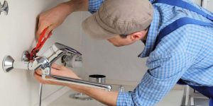 How to install 3 hole kitchen faucet